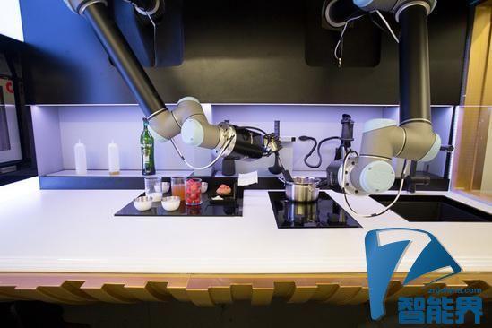 世界上的第一个机器人厨房:不够智能但高效