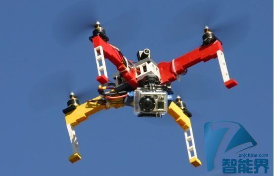用乐高DIY组装一款真正能飞能拍摄的无人机