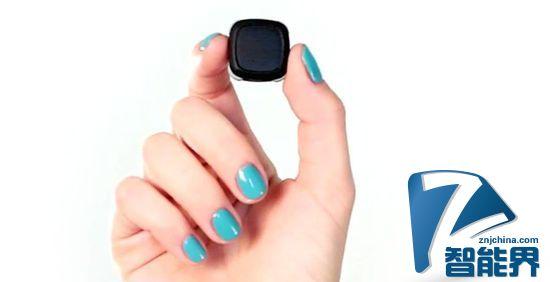 Revolar个人傍身设备:会呼救会GPS的小按钮