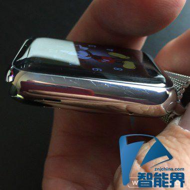 Apple Watch不锈钢表壳刮花 20元即可修复