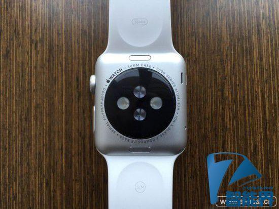 Apple Watch出新问题 表带无法锁住