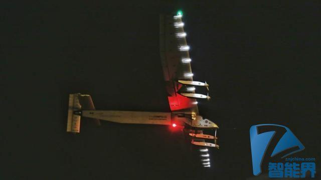 太阳能飞机已持续飞24小时 4天后抵达夏威夷
