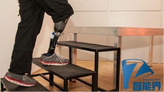 残疾人的福音 可感应触觉的智能假肢来了