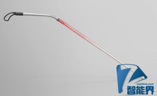 老人出行必备 创意新型智能手杖亮相