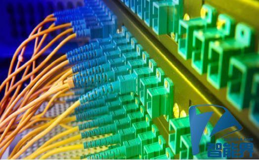 如今可以实现光纤数据超远距离准确传输