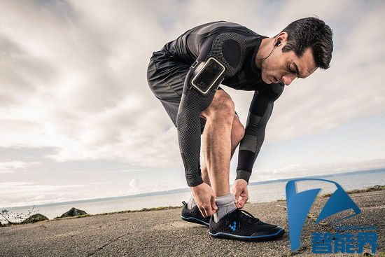 跑步必备Sensoria智能袜子