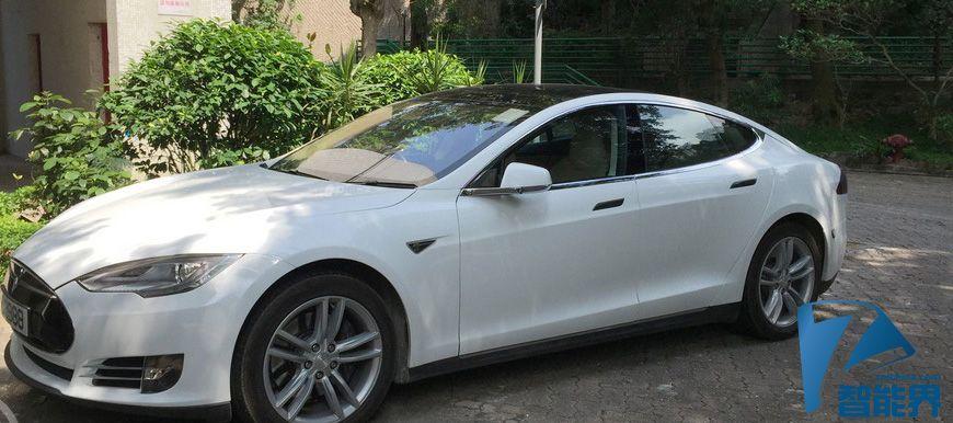 Tesla 的半自动驾驶系统接近推出阶段了