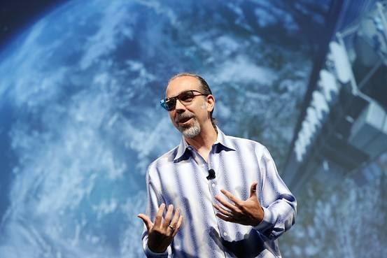谷歌眼镜项目更名为Project Aura 挖角亚马逊工程师