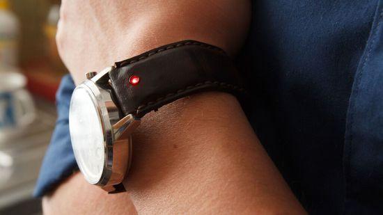 Unique表带 - 让任何手表都智能!