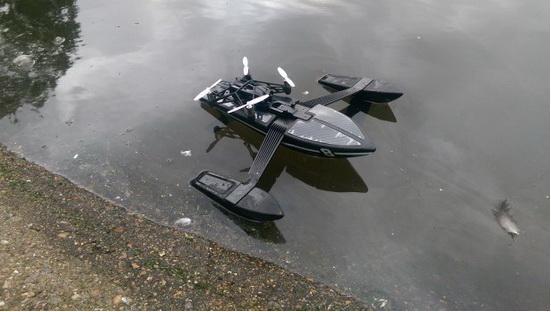 新颖的水上无人机—Parrot Hydrofoil Orak