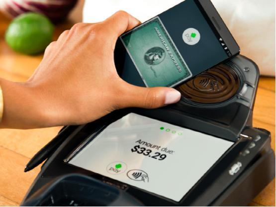 安卓和三星移动支付服务将被美国银行抢用户