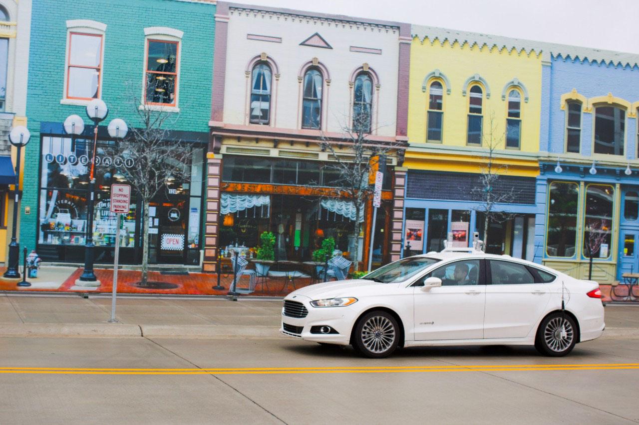 死磕特斯拉:福特开始测试自动驾驶汽车