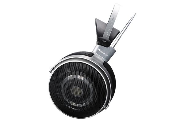 先锋发布MASTER1头戴耳机