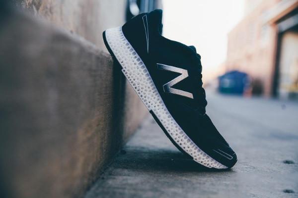 新百伦携手3D Systems推首款3D打印跑鞋