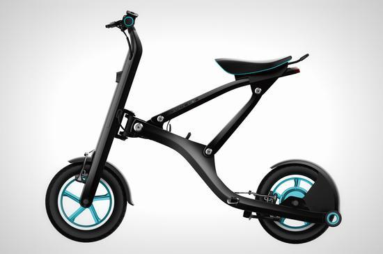 一秒钟折叠智能电动自行车 还能带上公交地铁