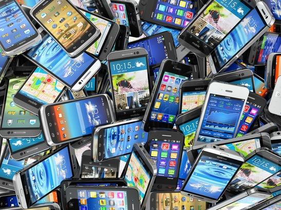 国产智能手机虽占据半壁江山,却依旧难掩三大尴尬事实