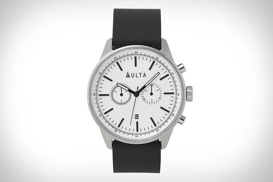 这个冲浪腕表品牌想做手表界的无印良品