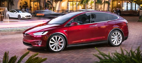 特斯拉公布Model X中国区售价 限量版148万