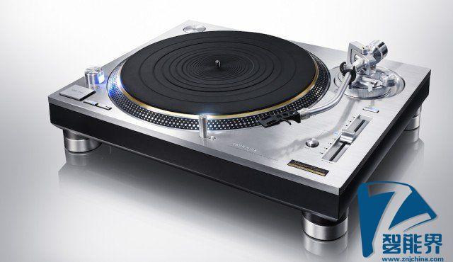 Technics 1200 黑胶唱机光荣重生,你会花 3 万块它吗?