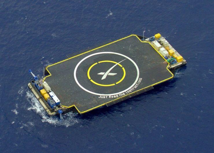 揭秘 SpaceX 无人船降落平台:与火箭一样复杂