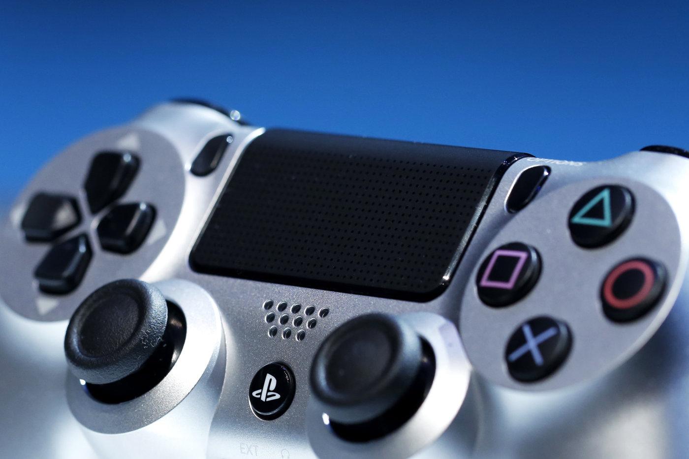 「PS4.5」传闻:更强的处理器,但要能跟现有版本的 PS4 和平共处