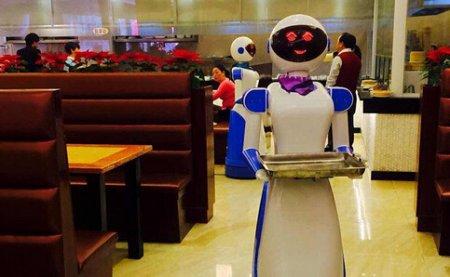 欧洲议会提议把机器人当作人 须缴纳社会保险
