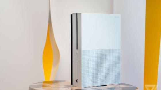 Xbox One S将于8月开卖 售价约2673元容量2TB