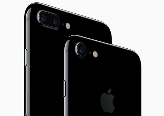 iPhone 7 Plus双摄像头助推苹果布局AR