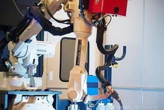 兼具铸锻焊能力的机器人3D打印装备问世