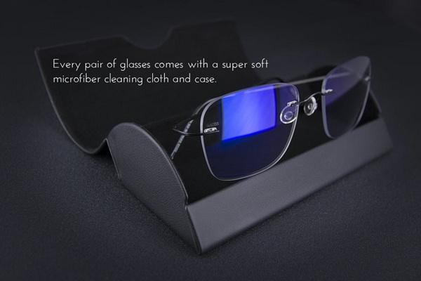 自动调节颜色和透明度的眼镜 耍酷护眼都用得上