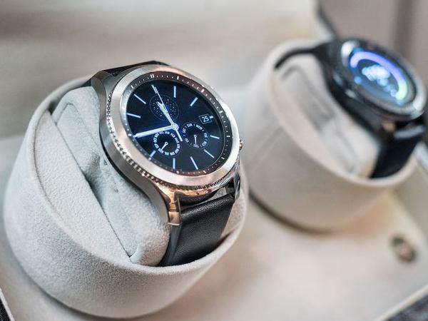 三星推出两款全新智能手表:表盘更大,使用更独立