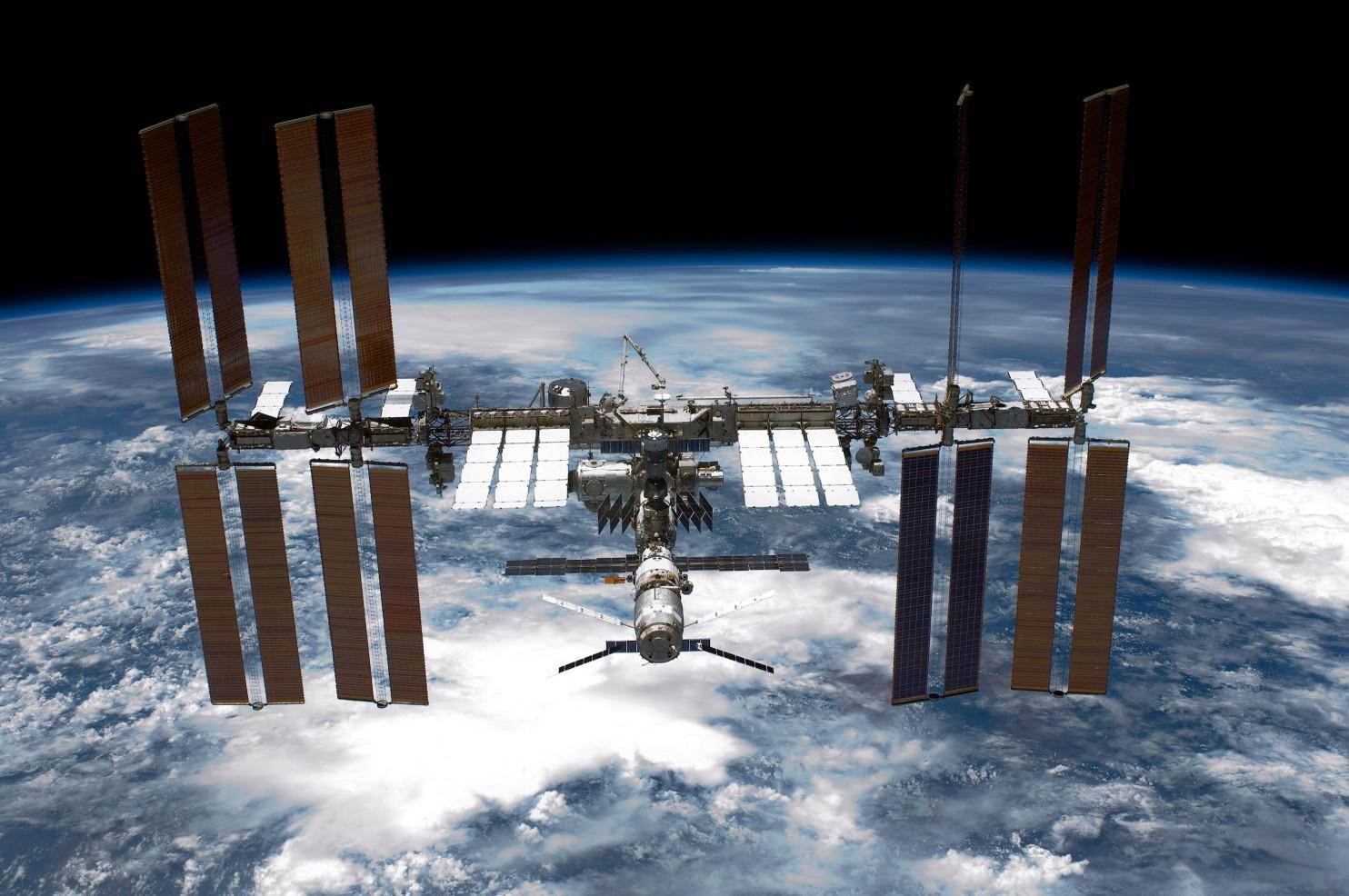俄一艘进步号货运飞船失事 国际空间站不会受影响