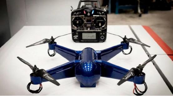 这架无人机直接从3D打印机出来就可以升空了
