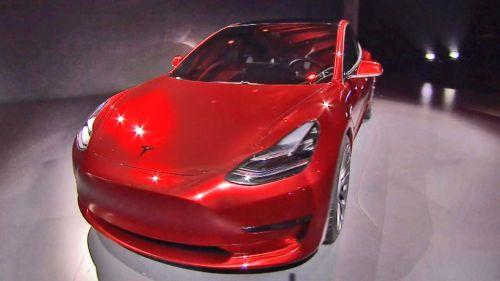 特斯拉Model 3内饰图片流出 不见了仪表盘和出风口