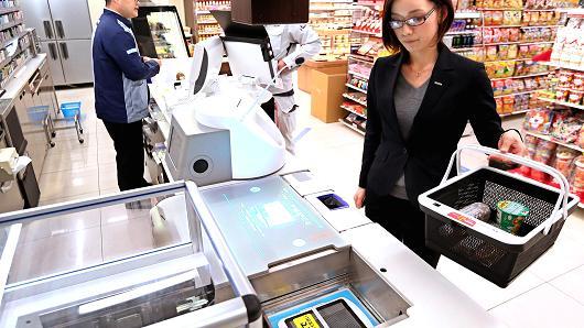 松下测试机器人收银员 收款和装袋一条龙