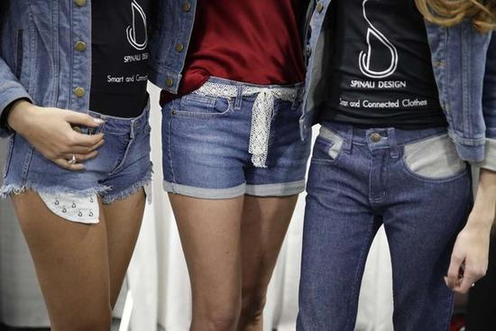 会震动的牛仔裤亮相CES 它到底有什么功能?