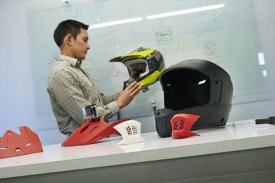 STRATASYS推出首个适合办公环境的工程级3D打印解决方案F123系列