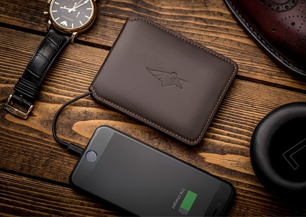 这个钱包居然内置了摄像头 专门用来拍小偷