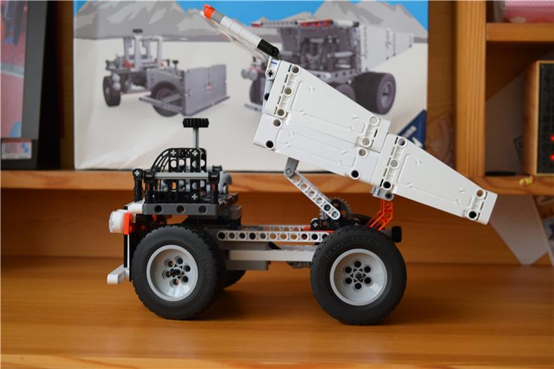 和孩子一起感受机械的魅力,米兔积木矿山卡车体验!
