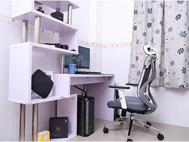 黑白调电脑椅:大大提升你的生活幸福指数