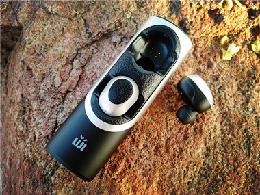 无「线」「乐」趣——「圣迪威」无线蓝牙RWS-X8耳机初体验
