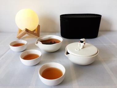 一边品茶,一边赏月,泊喜时光小黑盒中秋登月款带您体验别样中秋