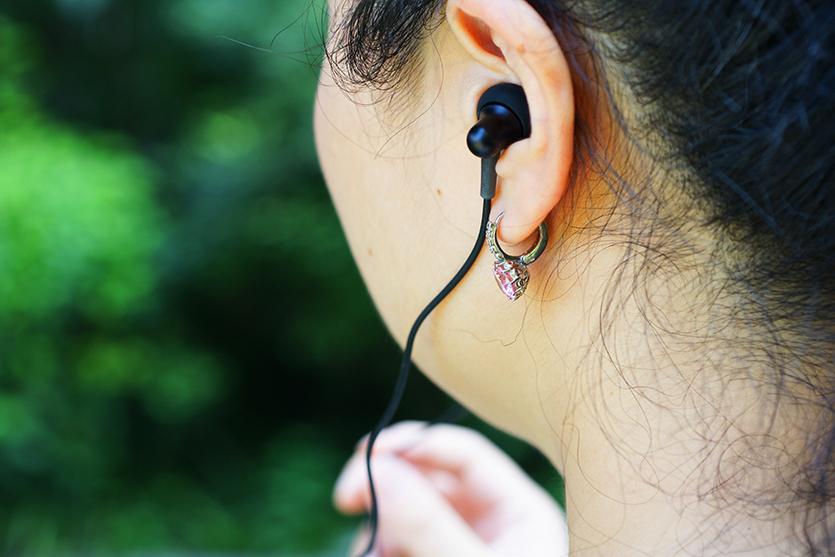 1MORE Stylish 双动圈耳机评测:从耳到心的感动