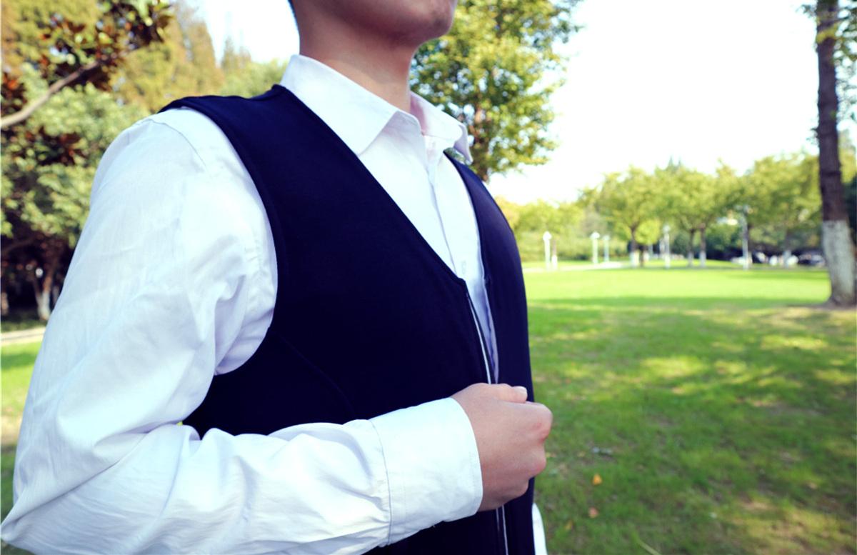 飞乐思随暖智能发热背心:穿上它,还买啥保暖内衣!