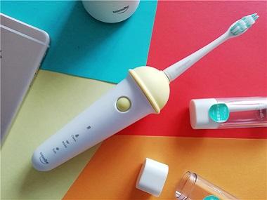 专为女生定制的萌物-usmile冰淇淋声波电动牙刷