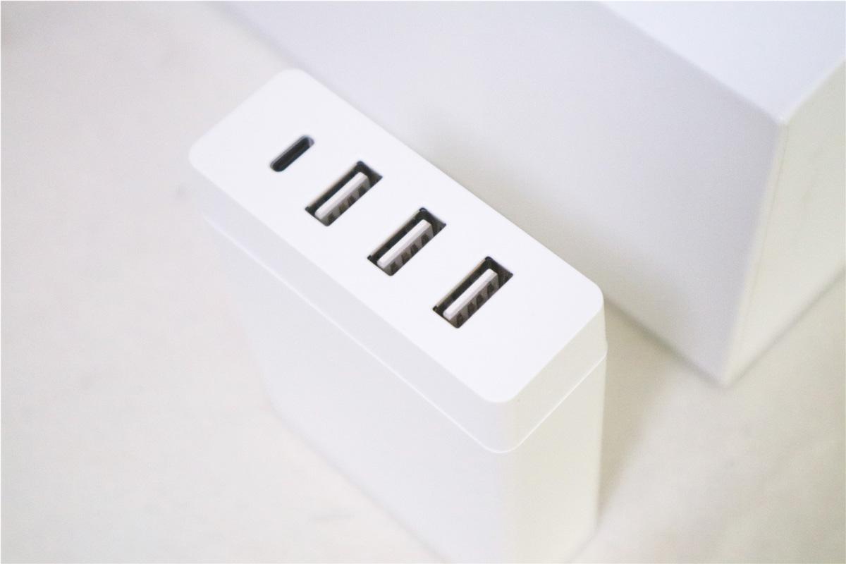 白背景 电流 素材