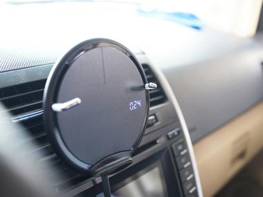 自驾旅行好伴侣:MIPOW CLIPAD车载无线充体验