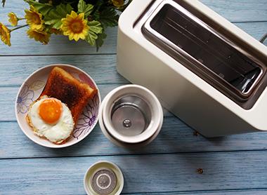 享受早餐时光:Pinlo多功能烤面包机+保温杯体验