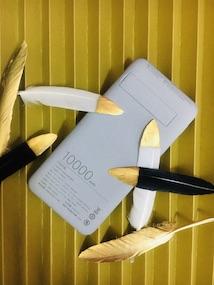 身轻如燕多携带,朋友同充更便捷:NANK充电宝