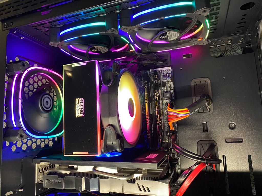 电脑又要系统稳定又要光污染,试试这款美商艾湃的AN-550和风扇